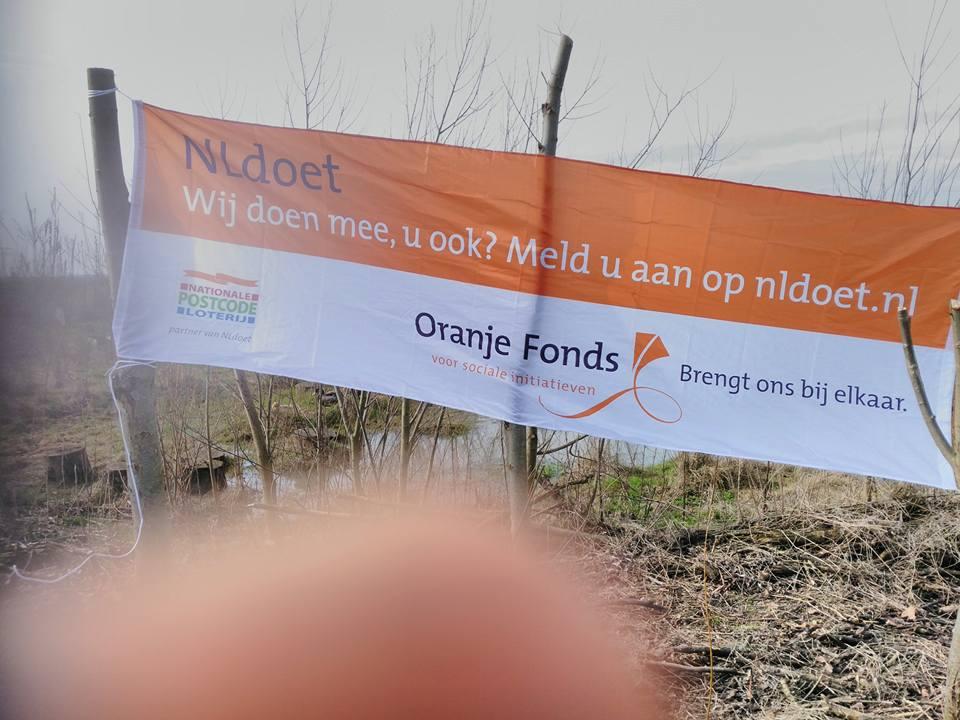 Geslaagde NL-Doet op de Oerfloed